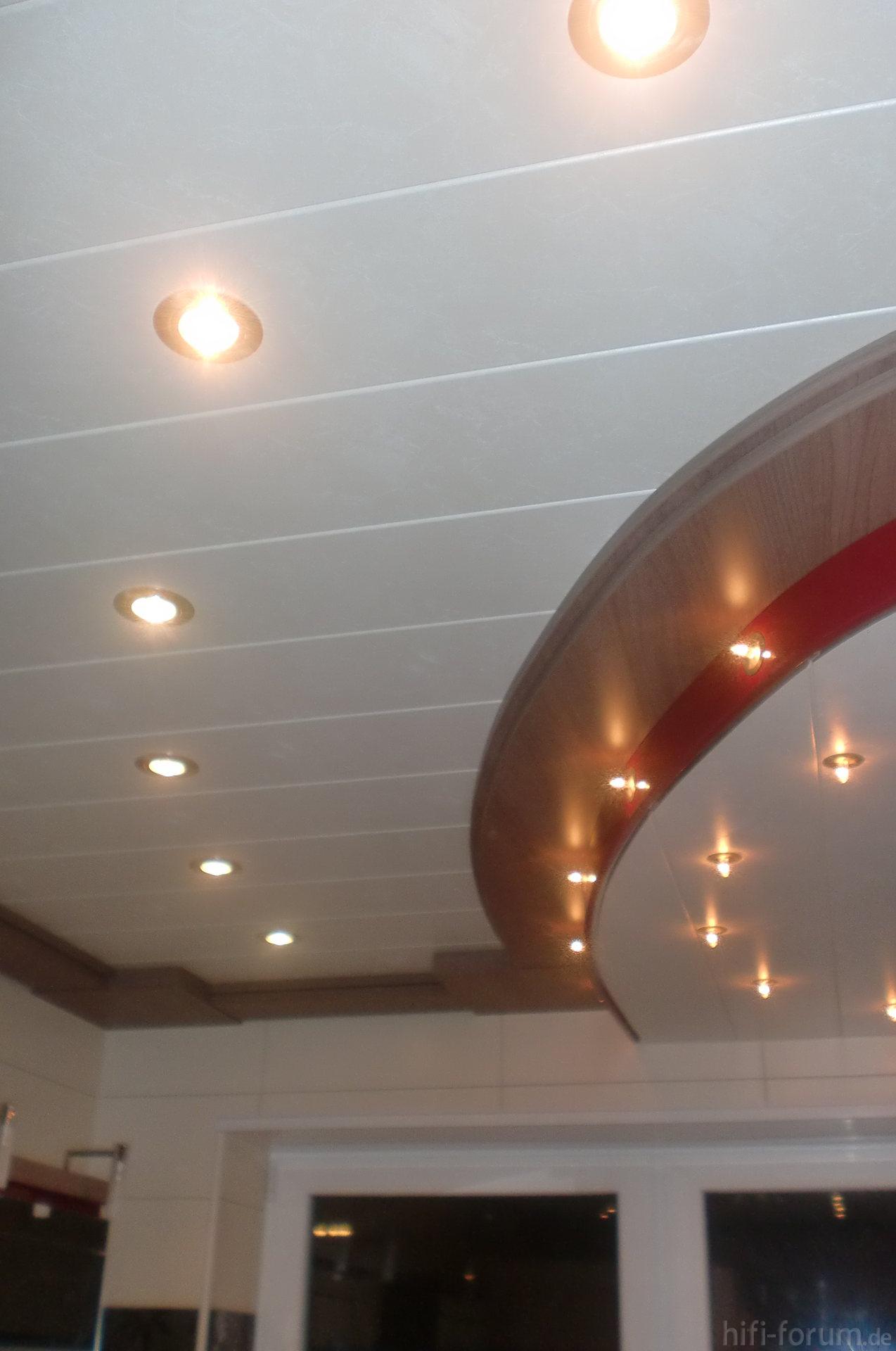 bad licht bad licht hifi bildergalerie. Black Bedroom Furniture Sets. Home Design Ideas