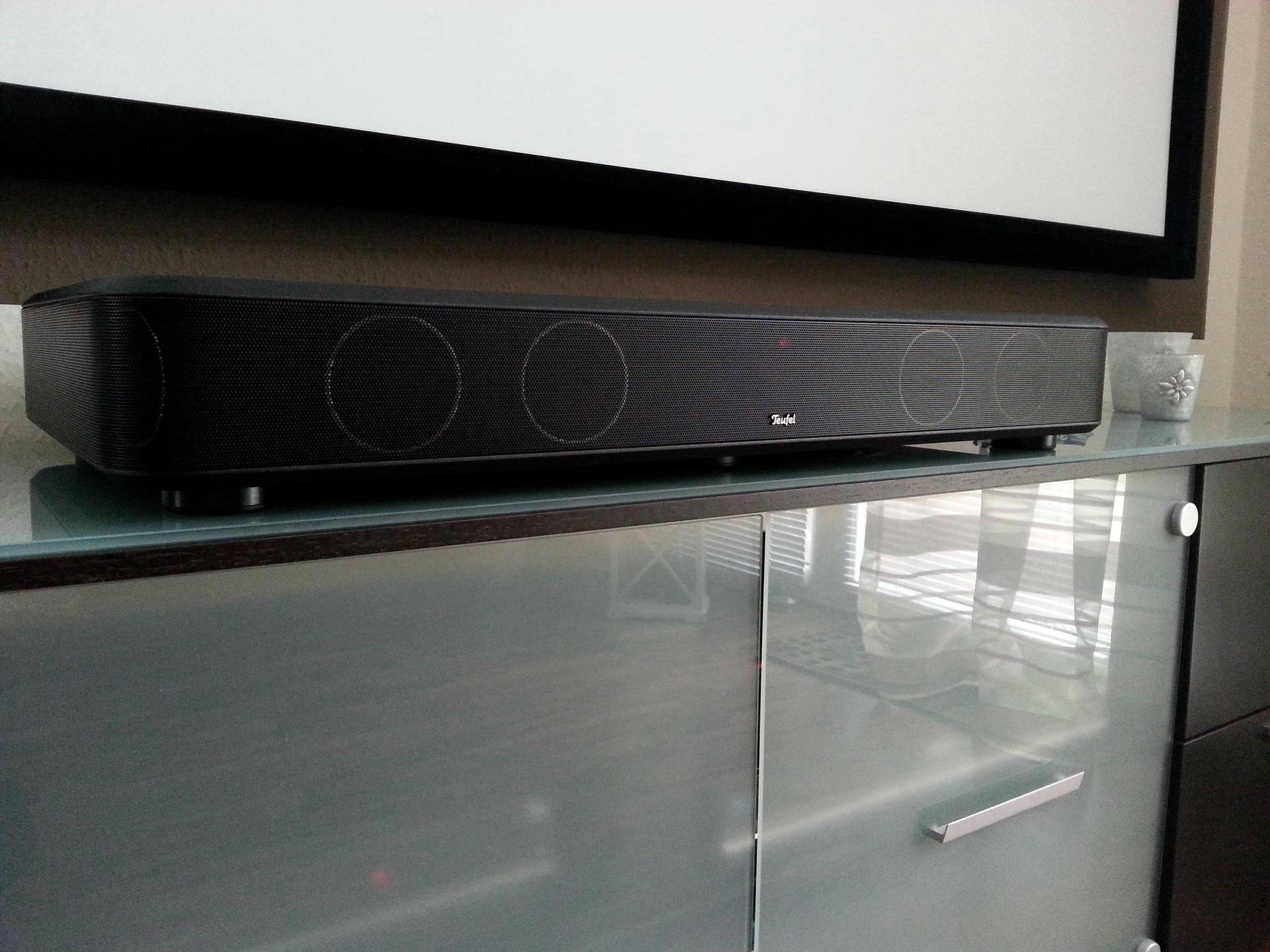 teufel cinebase cinebase heimkino komplettsysteme surround teufel hifi. Black Bedroom Furniture Sets. Home Design Ideas