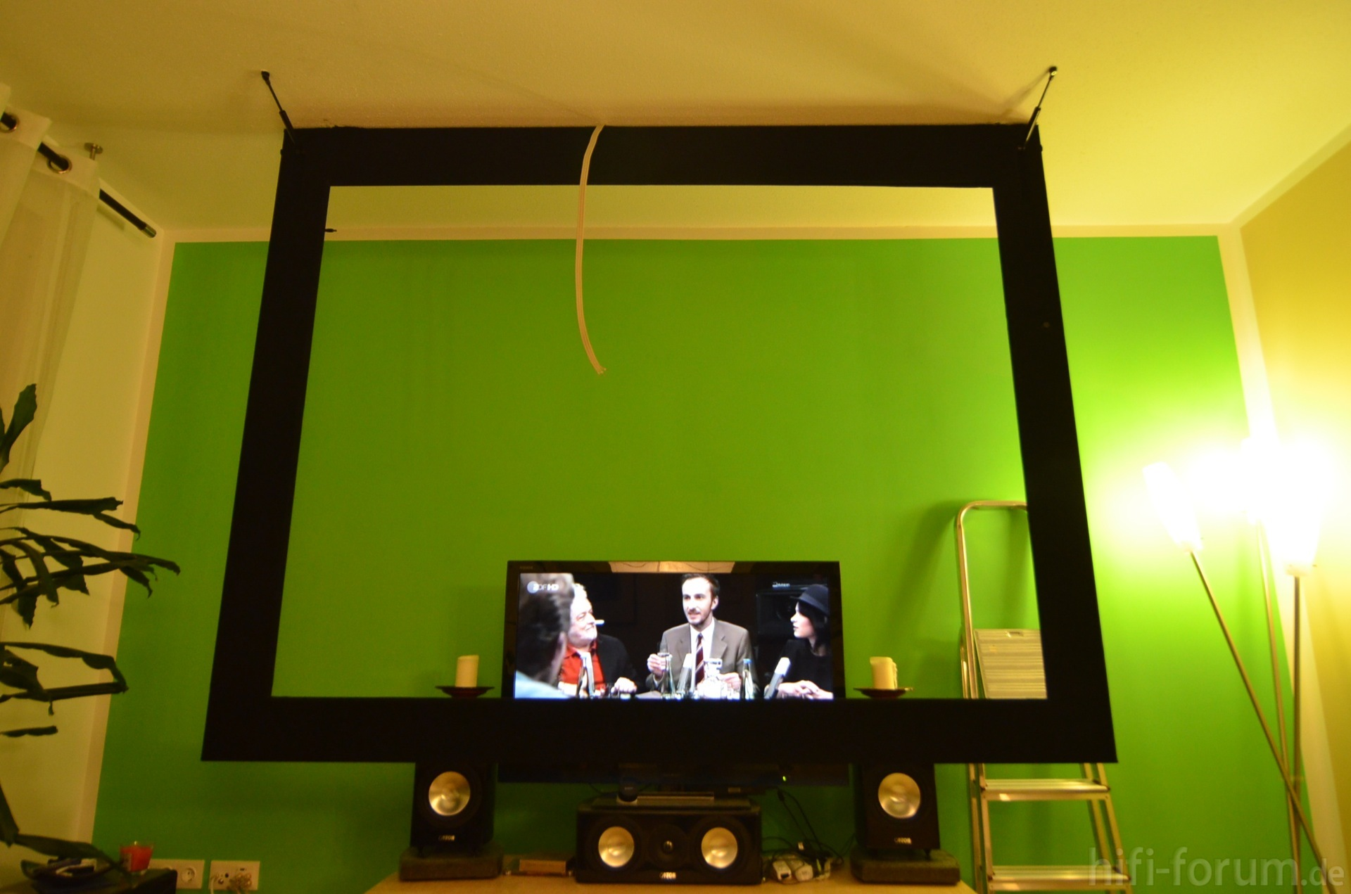 fertig maskierter und aufgeh ngter au enrahmen. Black Bedroom Furniture Sets. Home Design Ideas