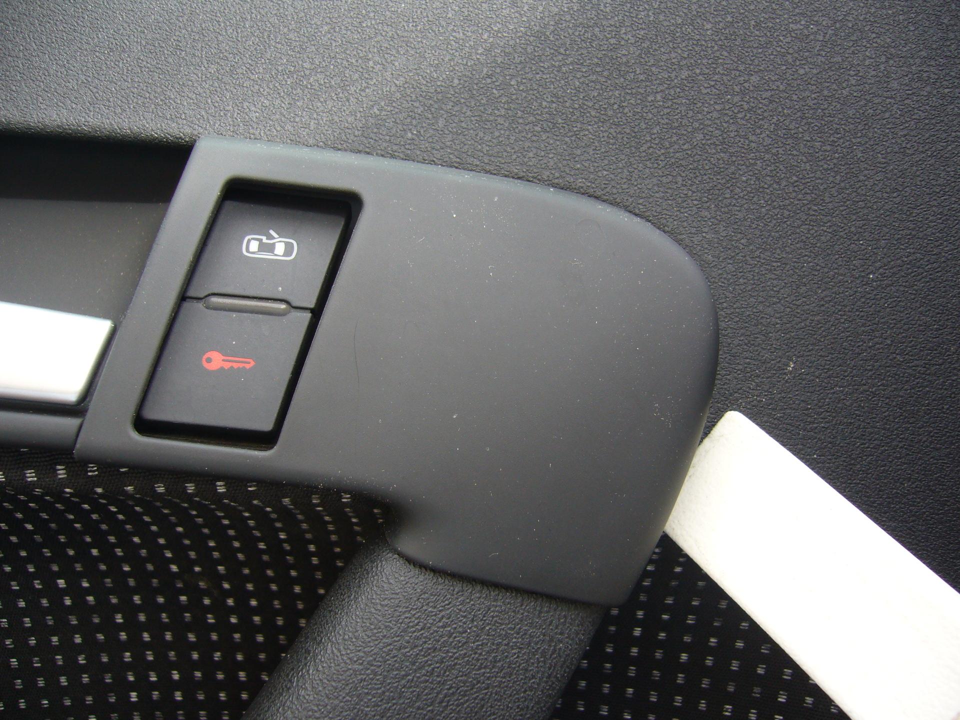 8P] Fahrertür lässt sich manchmal nicht öffnenentsperren