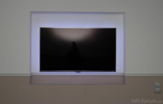 ue46d8090 an der wand d8090 ue46d8090 wand hifi bildergalerie. Black Bedroom Furniture Sets. Home Design Ideas