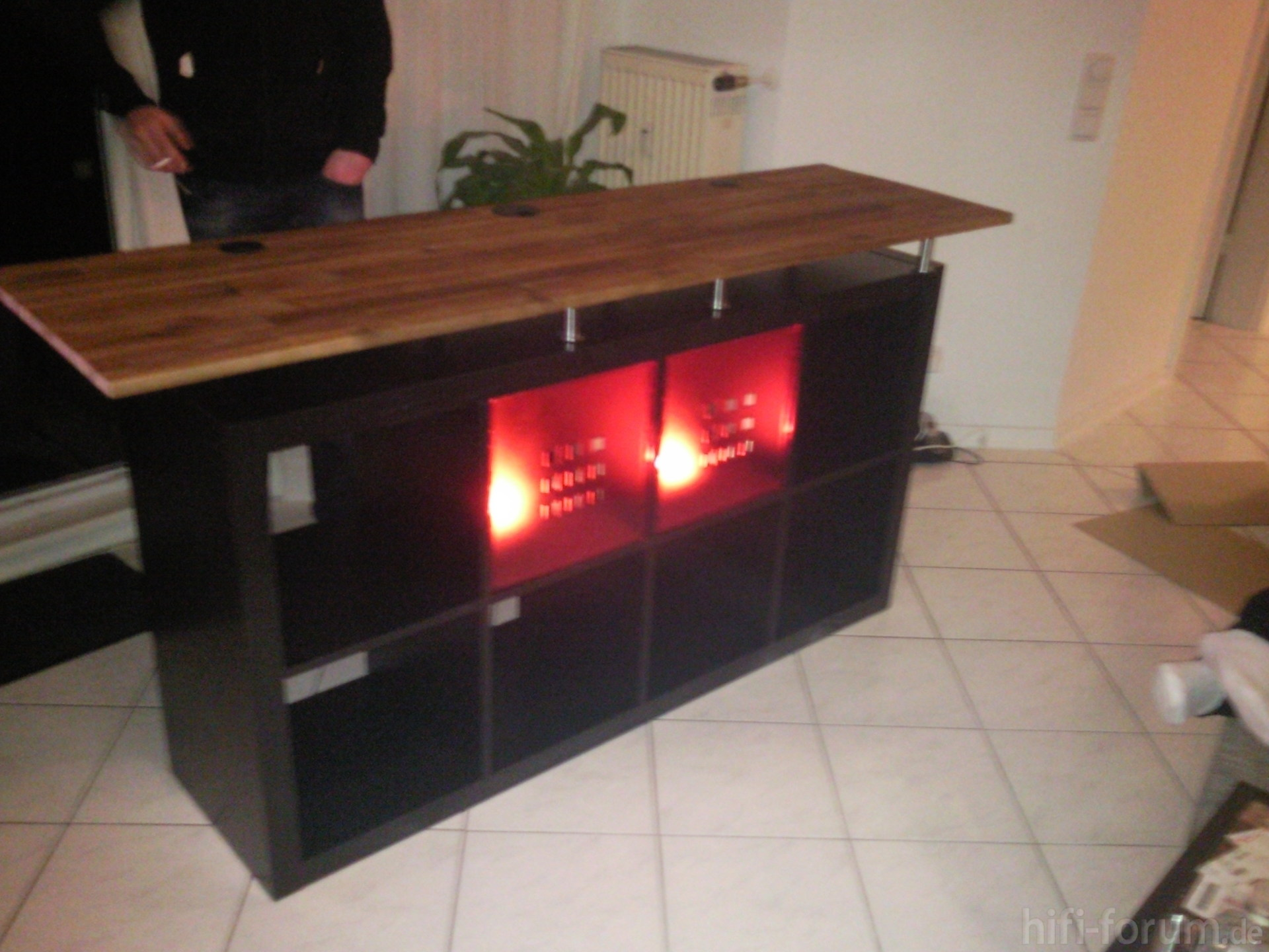 dj pult f r zuhause kleinster mobiler gasgrill. Black Bedroom Furniture Sets. Home Design Ideas