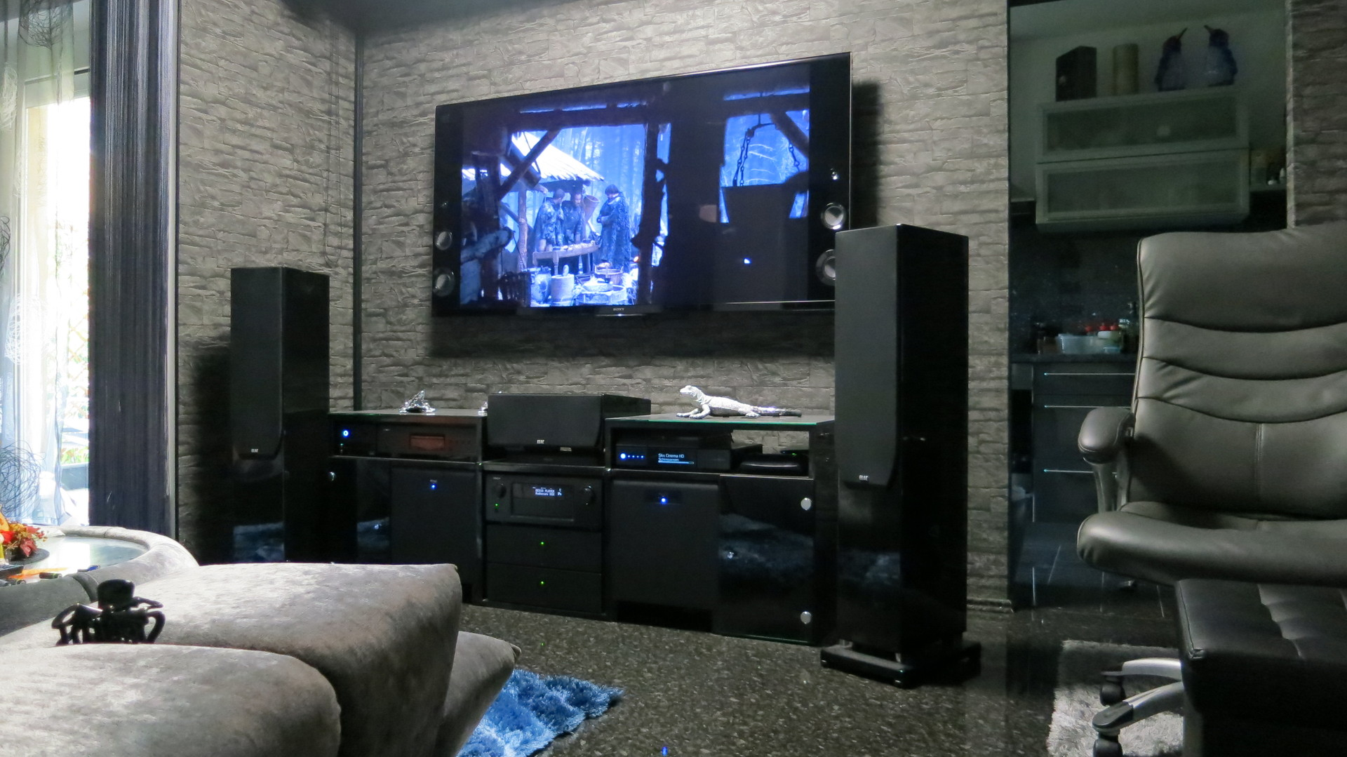 My hometheater aka living room for Living room channel 9