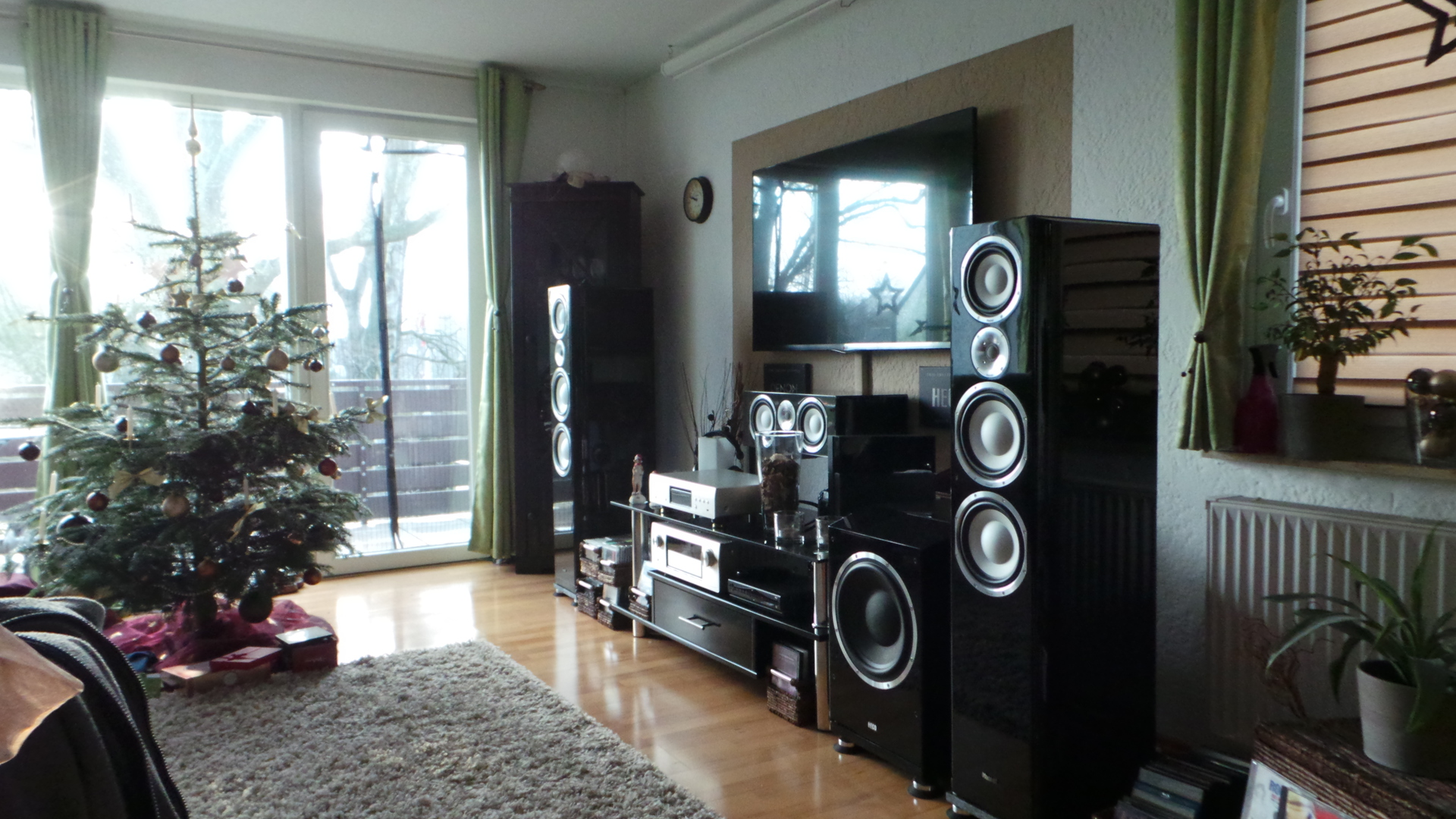 wohnzimmer heimkino wohnzimmerheimkino hifi. Black Bedroom Furniture Sets. Home Design Ideas
