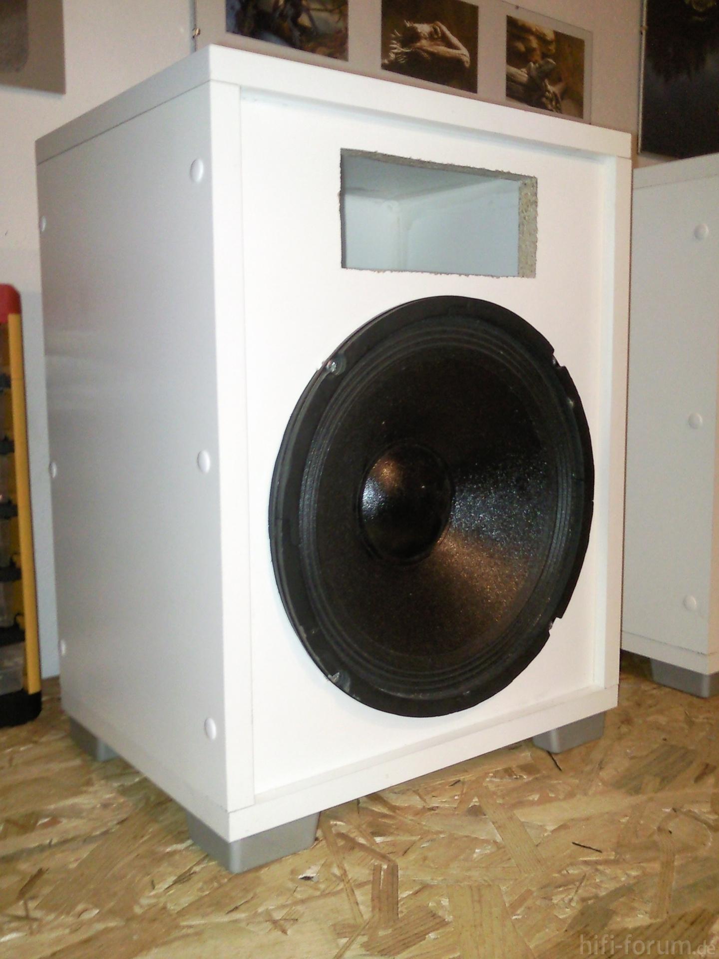 lautsprecher 2 lautsprecher hifi bildergalerie. Black Bedroom Furniture Sets. Home Design Ideas