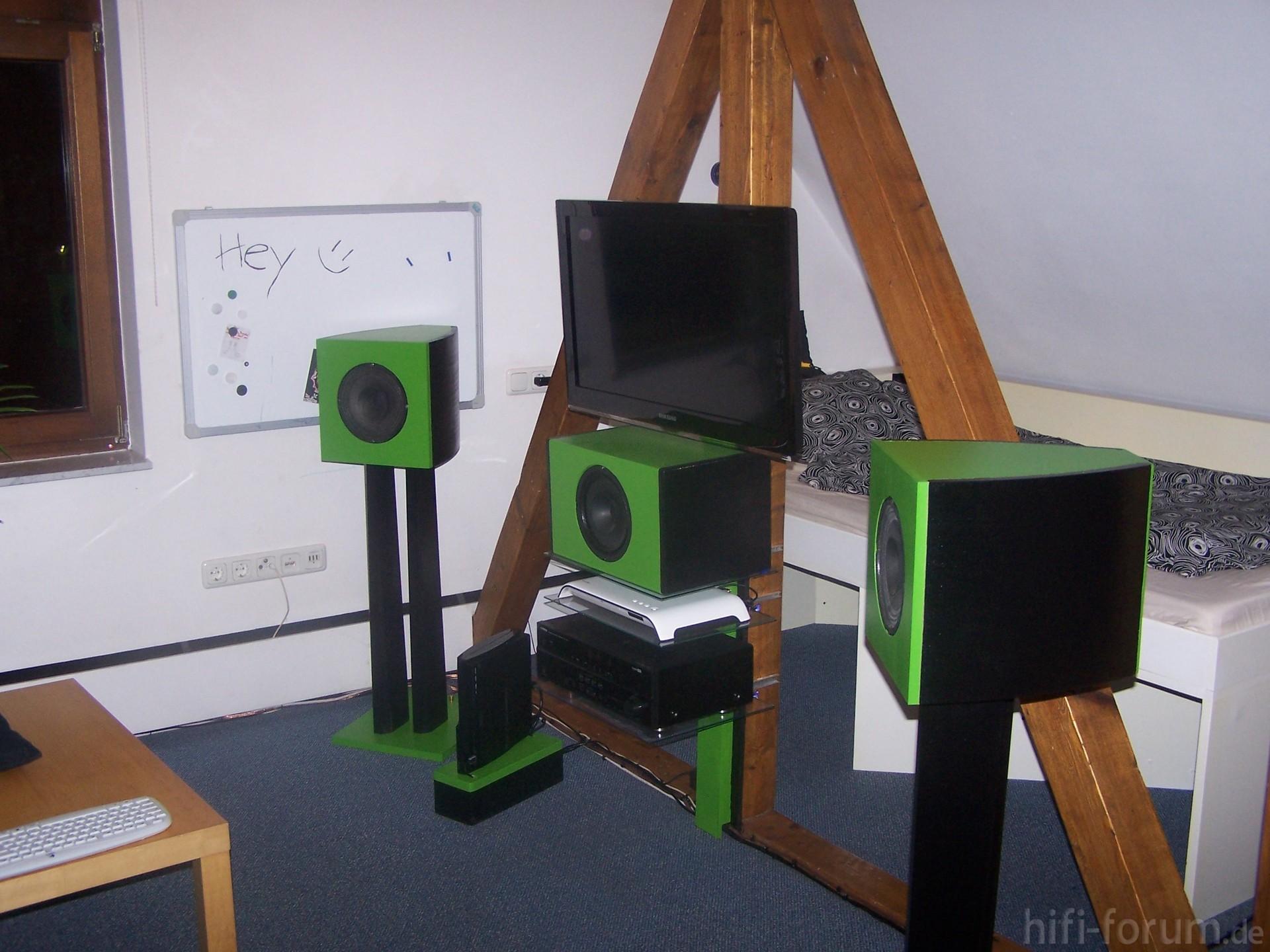 heimkino komplett 32zoll design heimkino. Black Bedroom Furniture Sets. Home Design Ideas