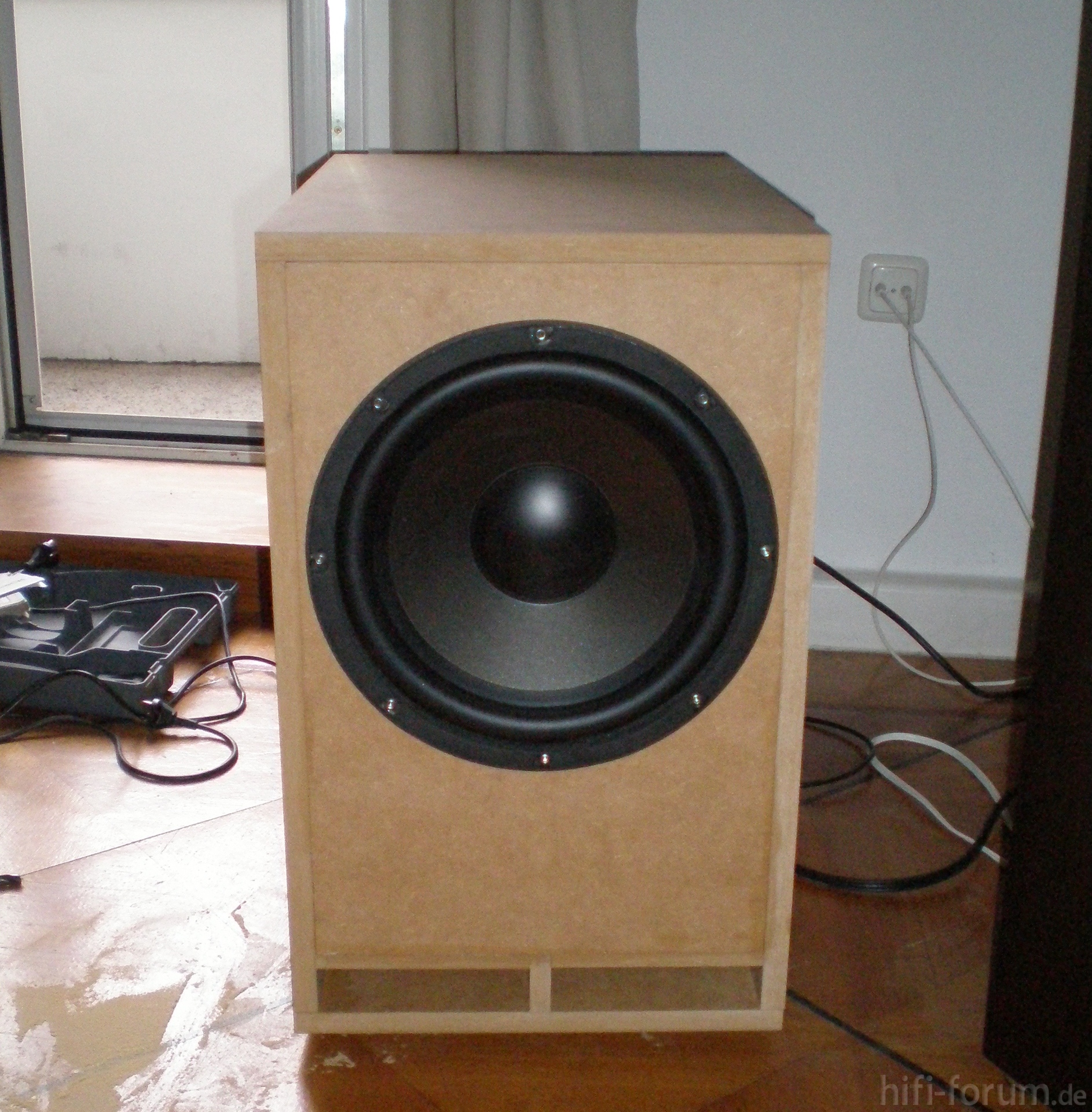 diy subwoofer awm124 awm124 diy doityourself. Black Bedroom Furniture Sets. Home Design Ideas
