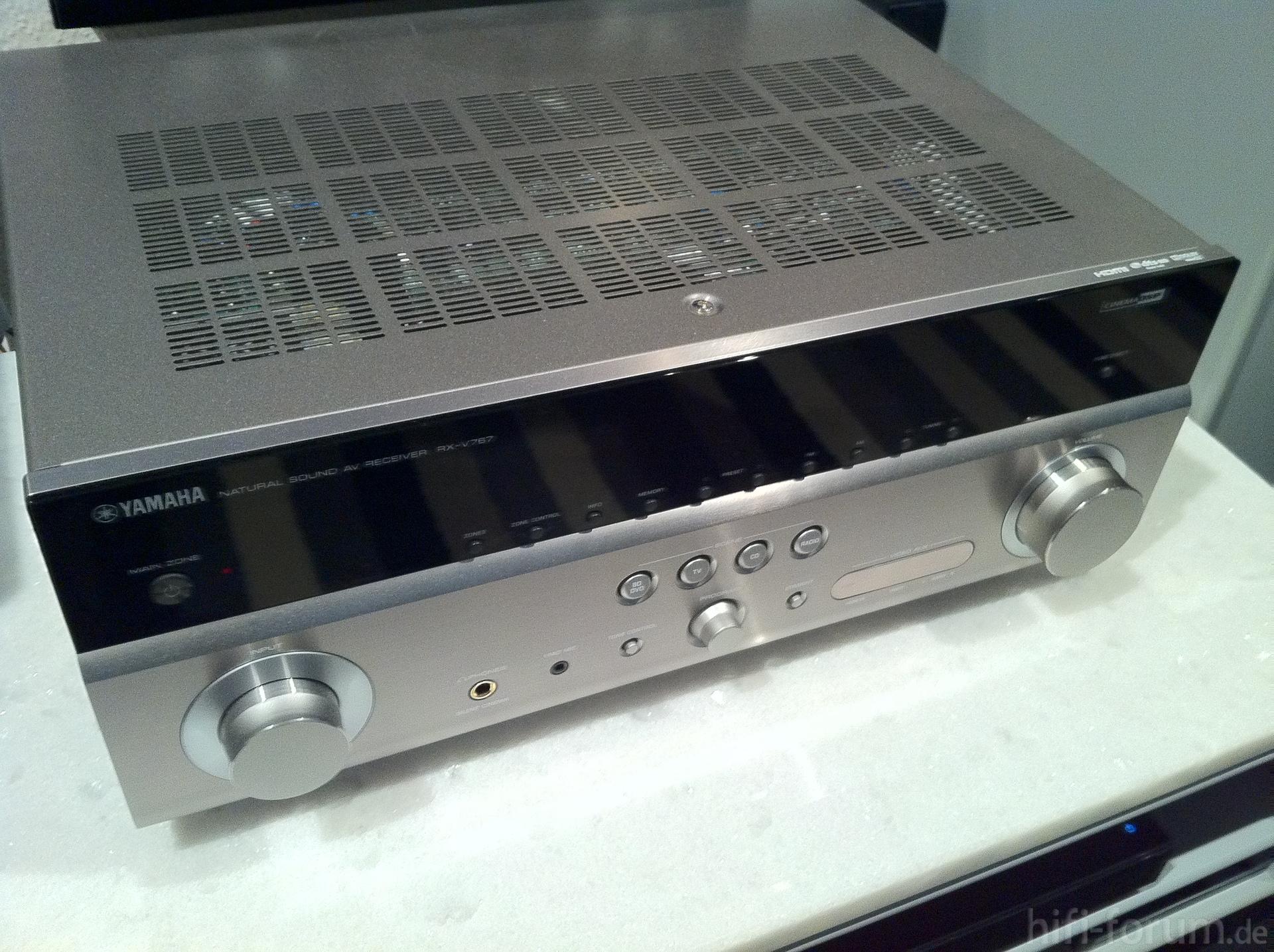 Yamaha rx v767 heimkino receiver surround verst rker for Yamaha rx v767
