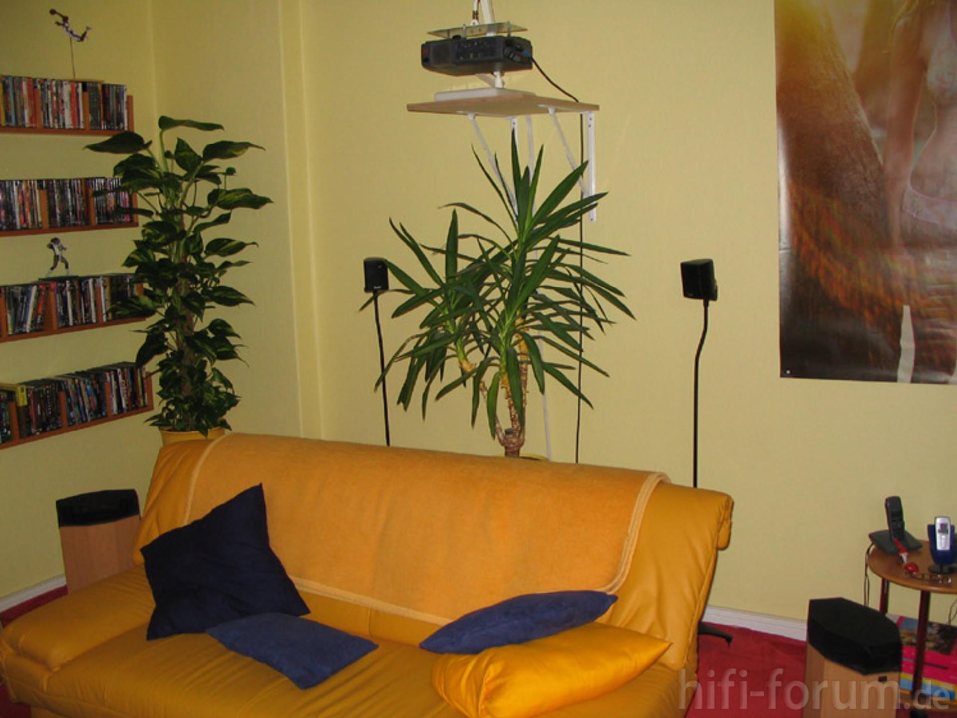 bildwerfer r ckraumklangproduzenten und hifi kino sofa. Black Bedroom Furniture Sets. Home Design Ideas
