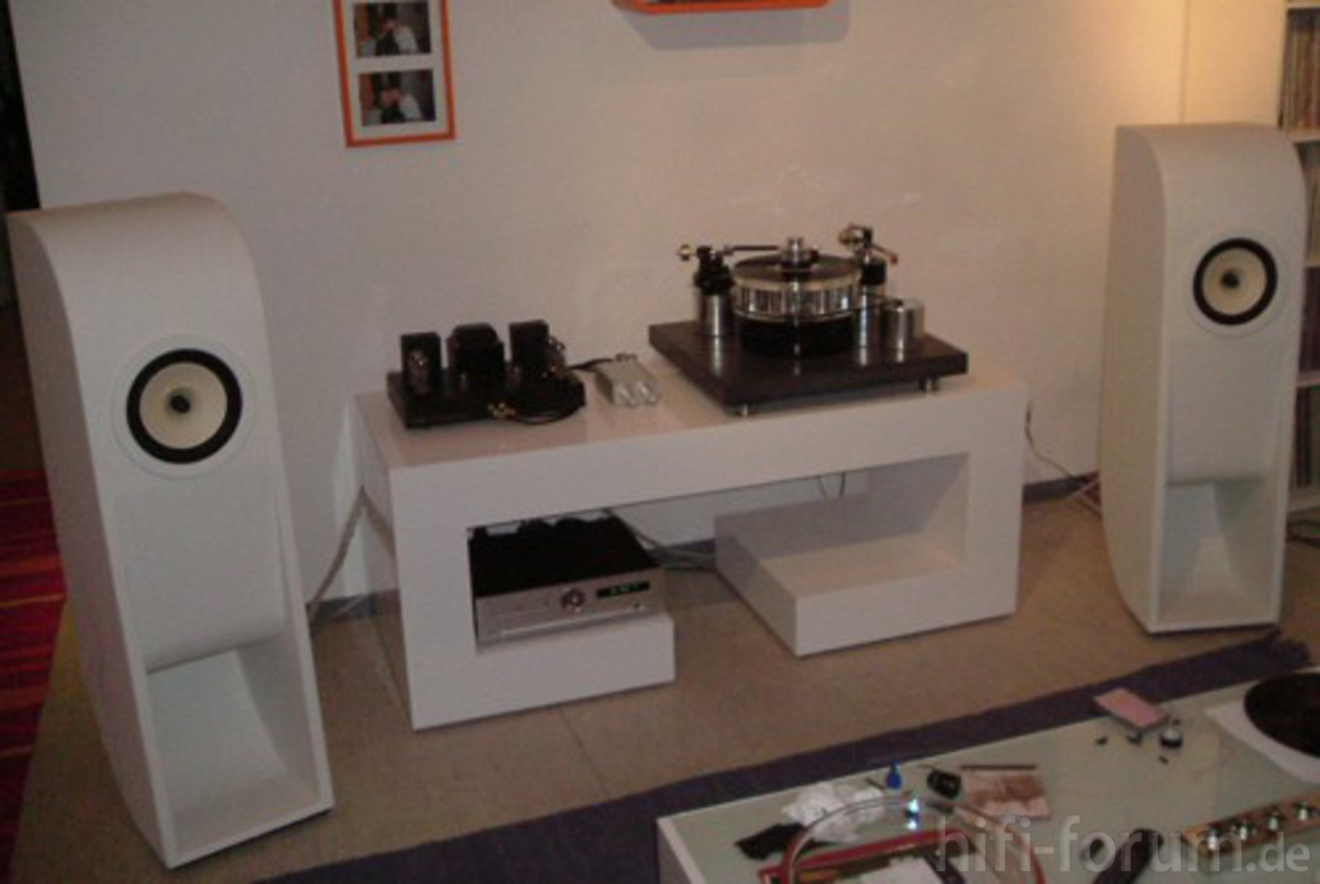 sideboard2 do it yourself hifi bildergalerie. Black Bedroom Furniture Sets. Home Design Ideas