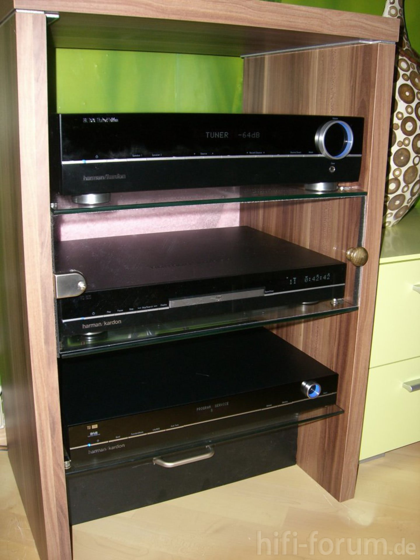 harman kardon anlage mit cd player unter glas anlage. Black Bedroom Furniture Sets. Home Design Ideas