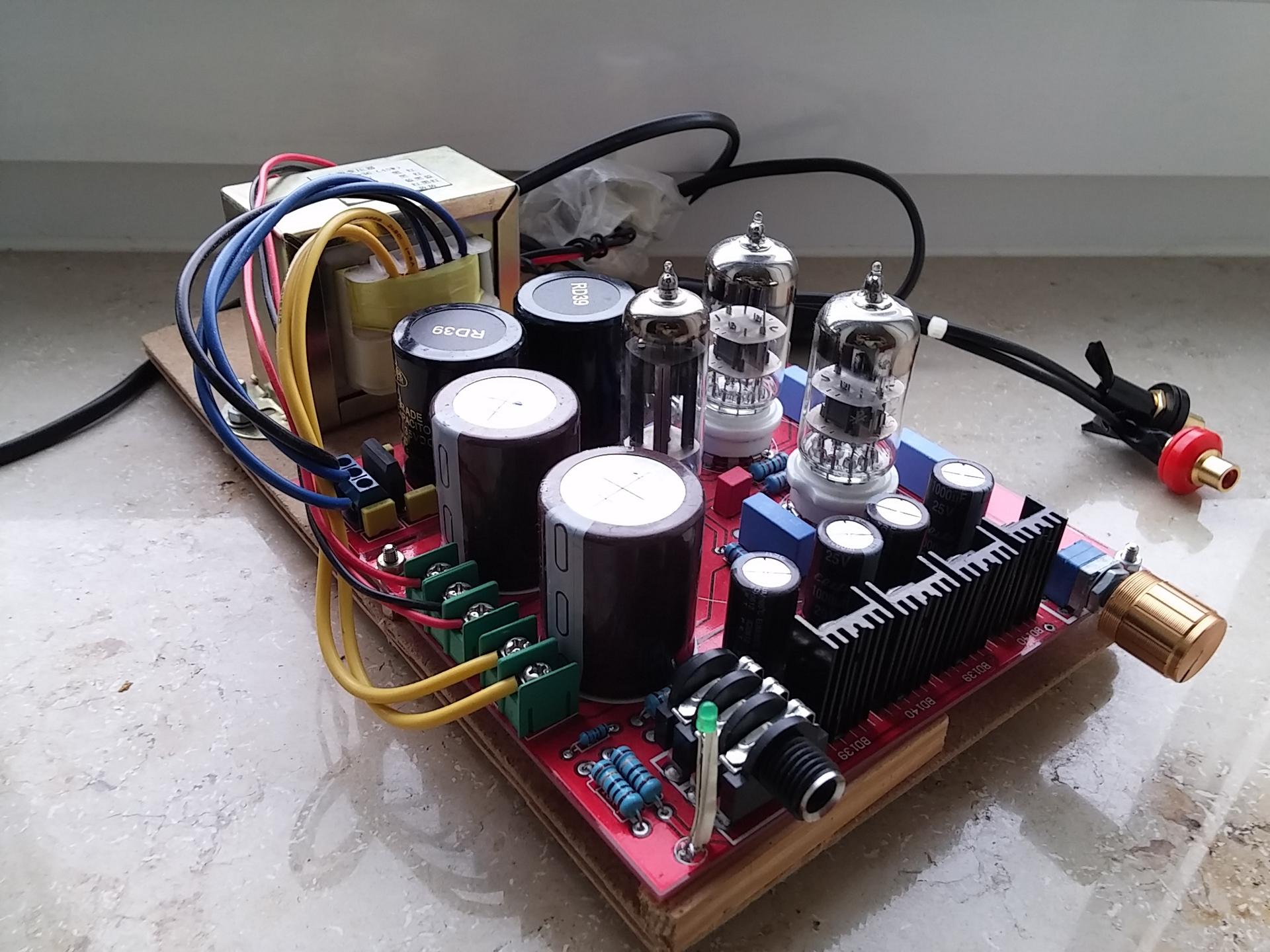 Yuan Jing Assmbled 6n3 6z4 Circuit Headphone Amplifier