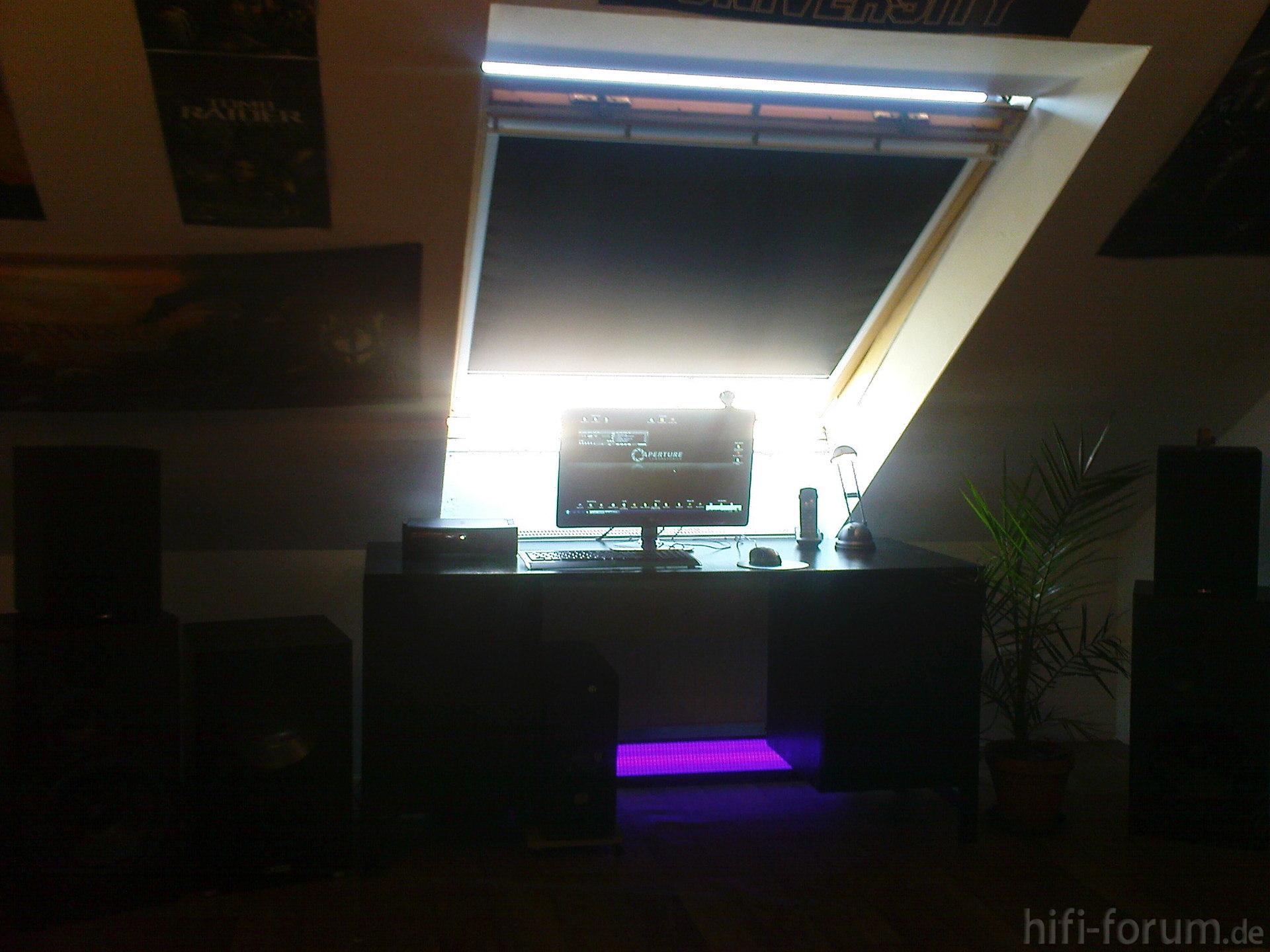 alter schreibtisch alter canton heimkino nubert pc schreibtisch hifi bildergalerie. Black Bedroom Furniture Sets. Home Design Ideas