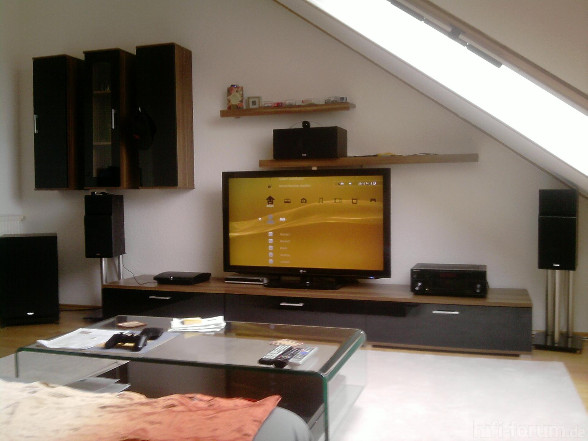 front front hifi bildergalerie. Black Bedroom Furniture Sets. Home Design Ideas