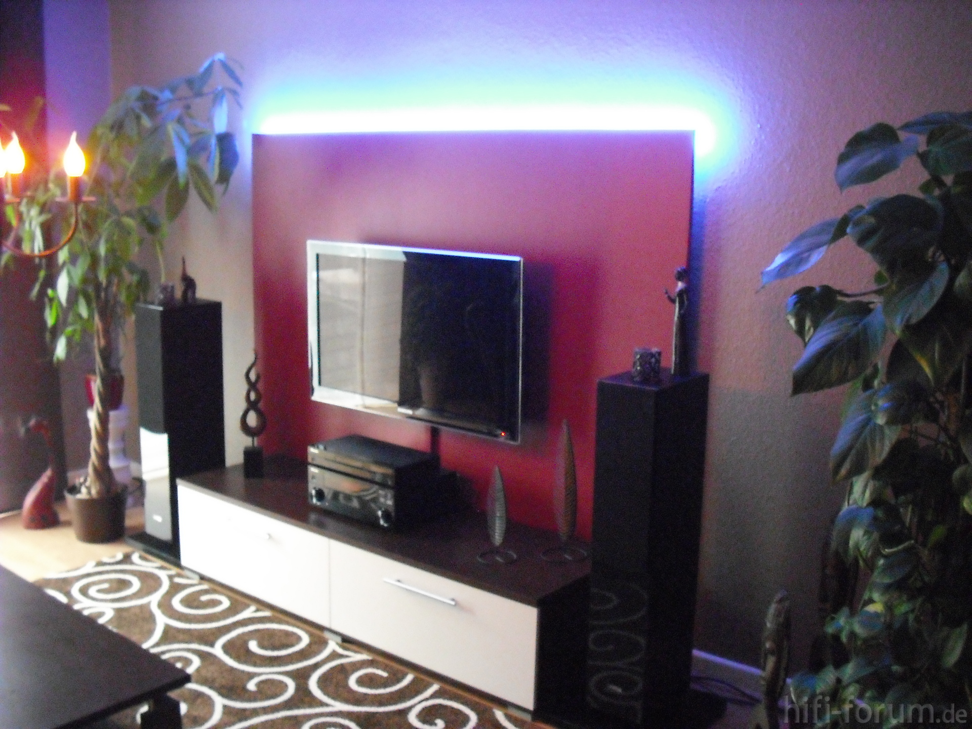 mein neues wohnzimmer doityourself heimkino hifi. Black Bedroom Furniture Sets. Home Design Ideas