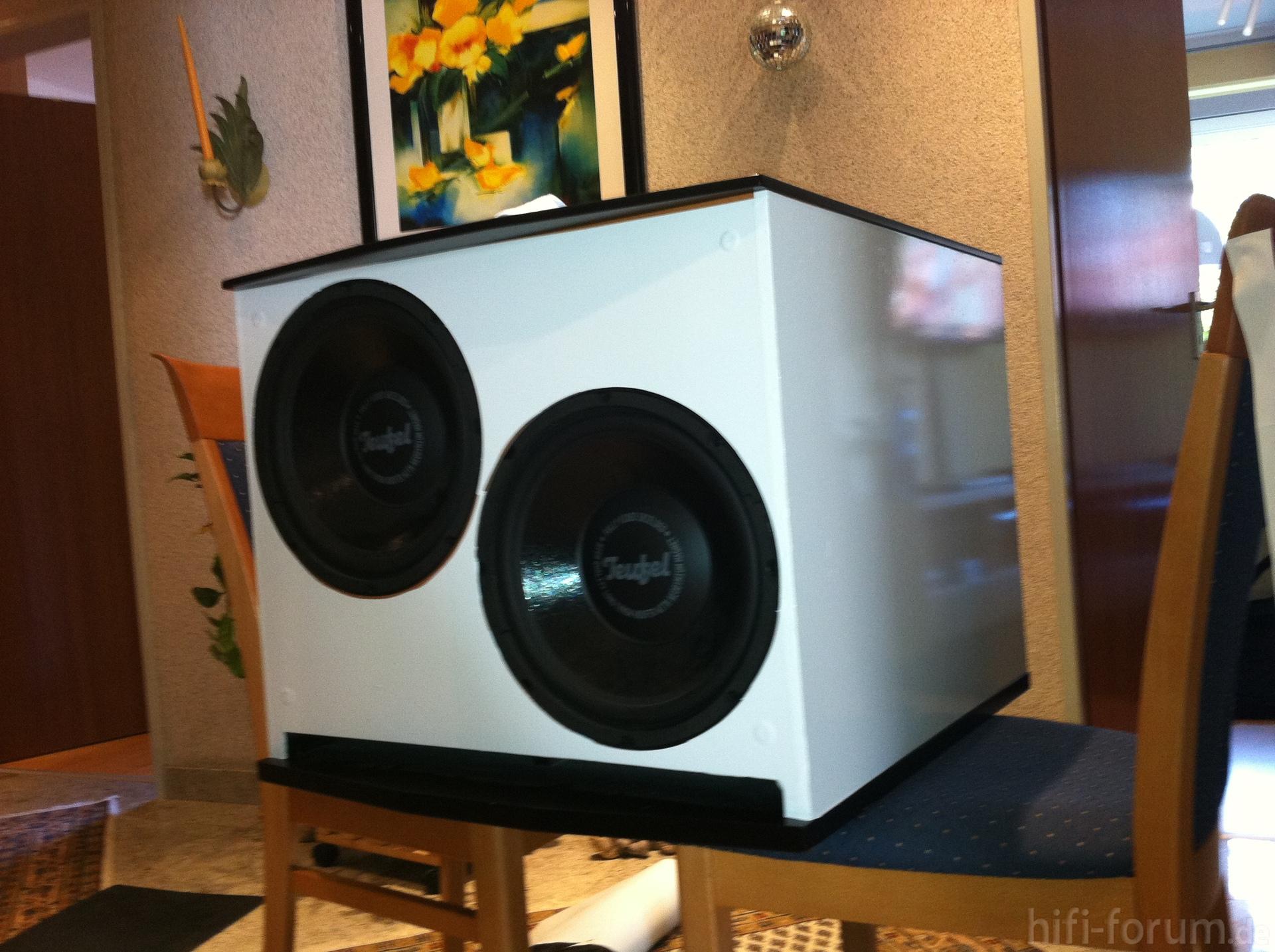 teufel m11000 sw frisch in weiss umgeklebt frisch m11000 sw teufel weiss hifi. Black Bedroom Furniture Sets. Home Design Ideas