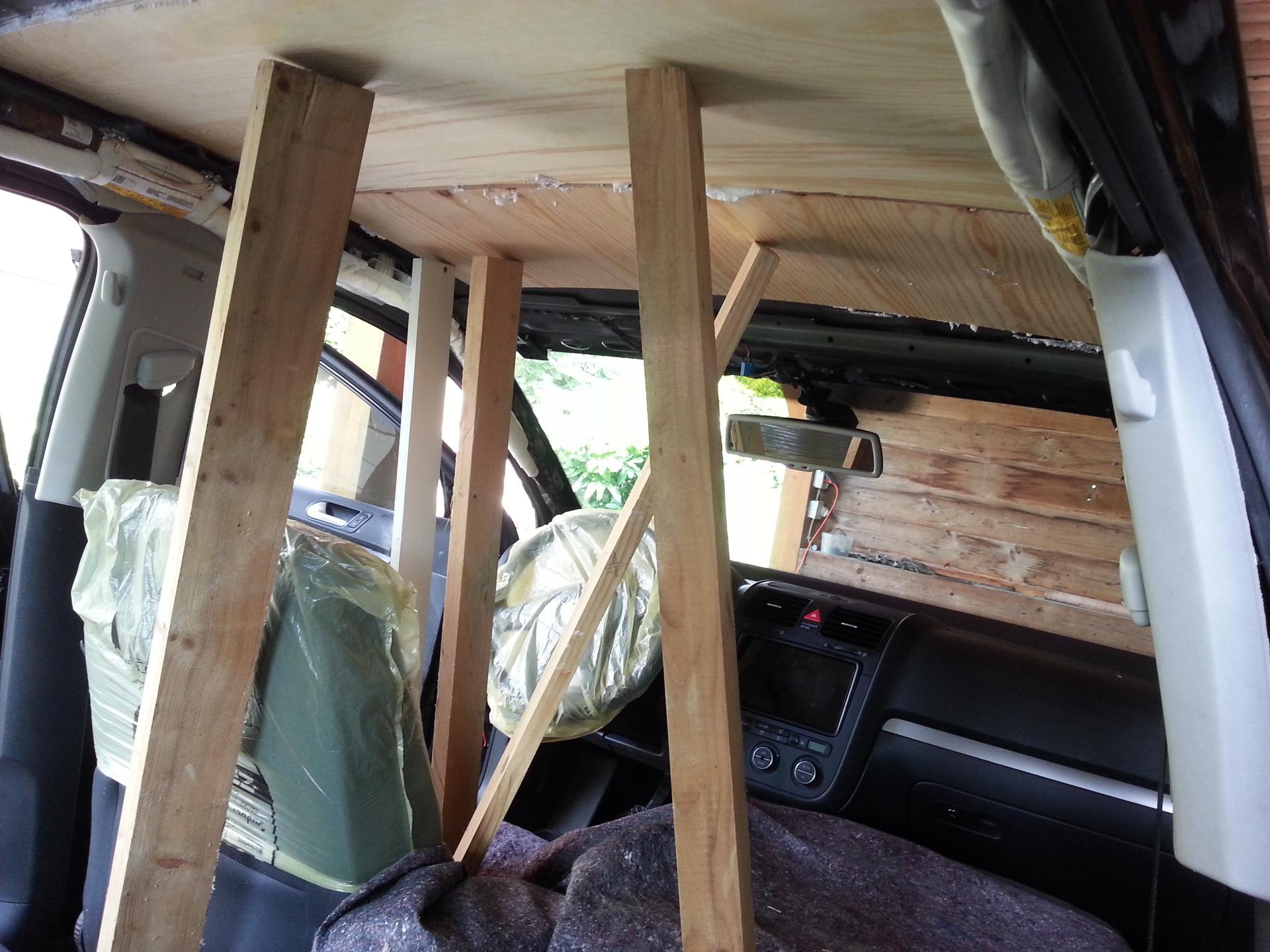 golf v variant dach und kofferraum d mmen dach d mmen golf kofferraum variant hifi forum. Black Bedroom Furniture Sets. Home Design Ideas