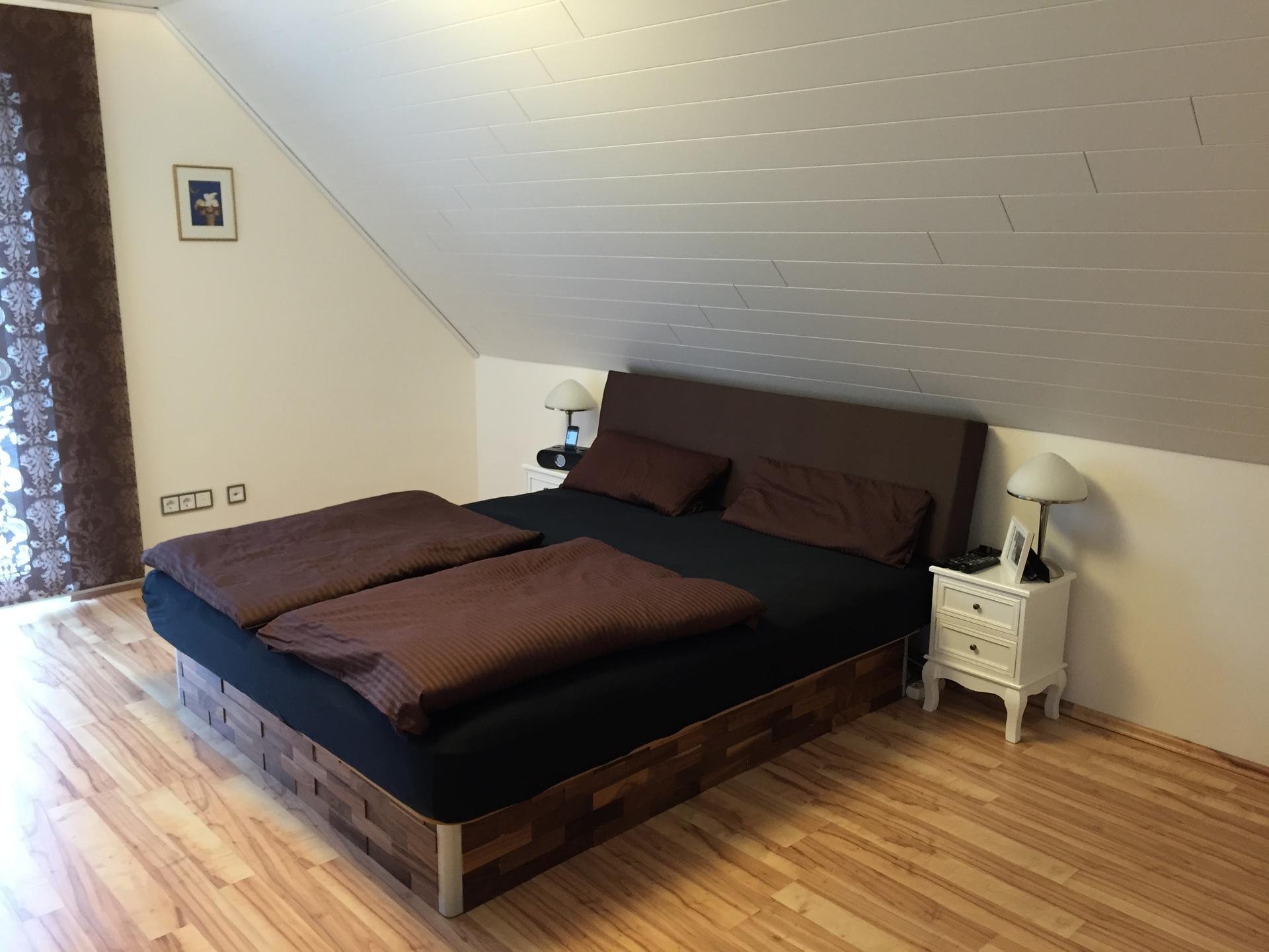 schlafzimmerwand schlafzimmerwand hifi. Black Bedroom Furniture Sets. Home Design Ideas