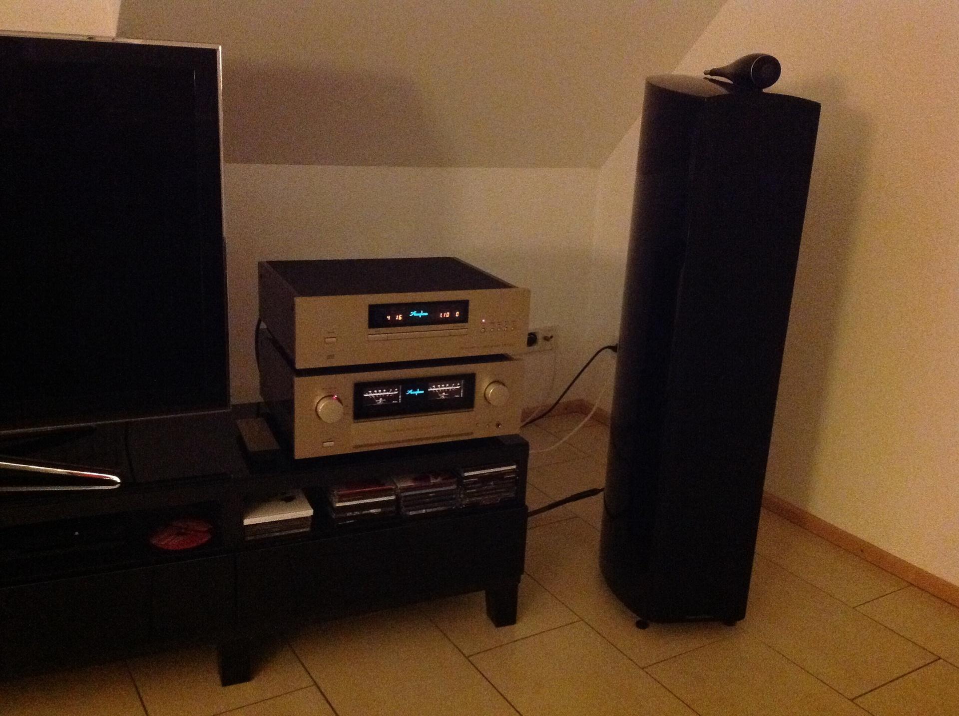 accuphase accuphase lautsprecher stereo stereoanlage hifi bildergalerie. Black Bedroom Furniture Sets. Home Design Ideas