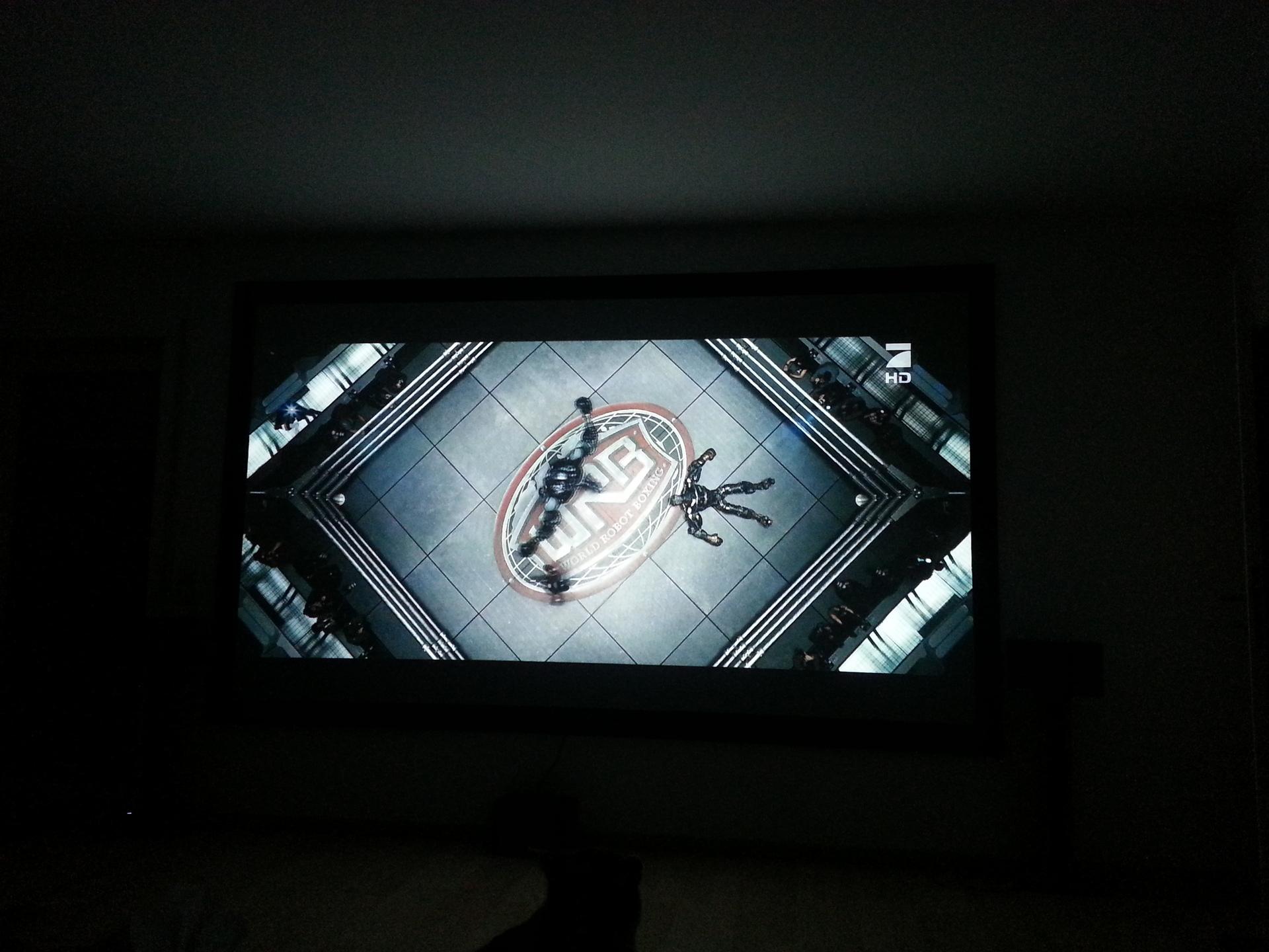Black widow fertig black fertig heimkinowohnzimmer - Beamer leinwand selbstbau ...