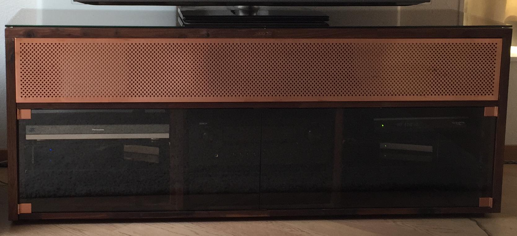 Sideboard nussbaum glas  Kupfer- Nussbaum/Glas Sideboard | centerständer, glas, kupfer ...
