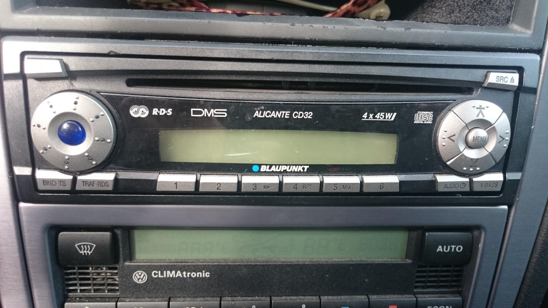 AUX-Kabel, Radio mit und ohne Display | anschluss, auxkabel, display ...