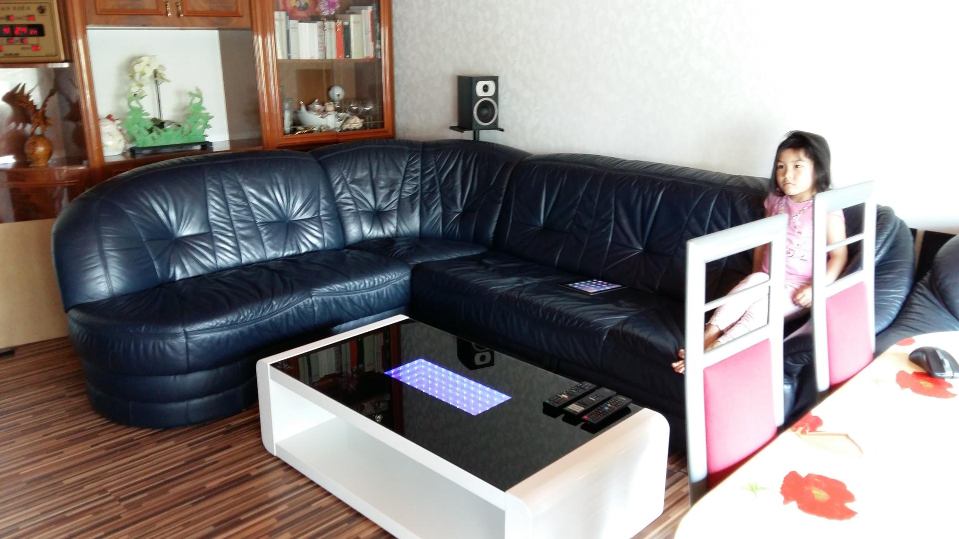 Sofa & Couchtisch  couchtisch, sofa  hififorumde