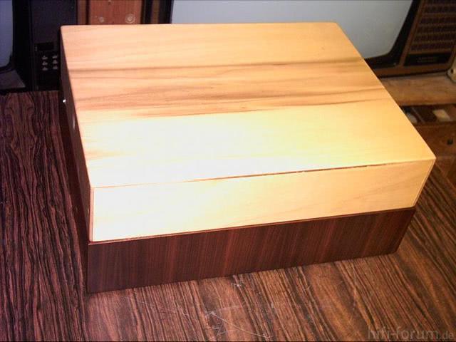 PE 33 (2) Holzdeckel Zu