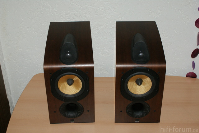bowers wilkins b w 705 lautsprecher hifi forum. Black Bedroom Furniture Sets. Home Design Ideas
