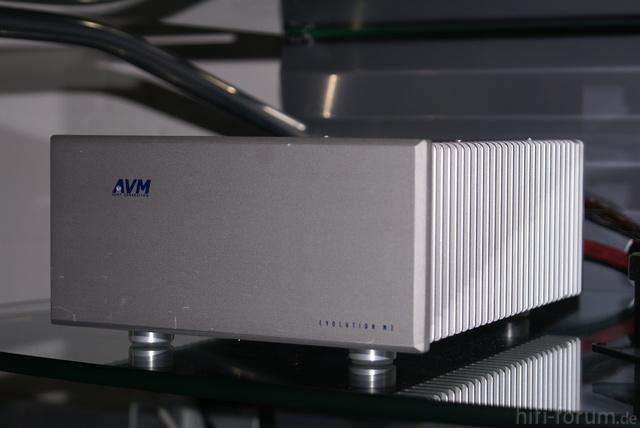 AVM M 2