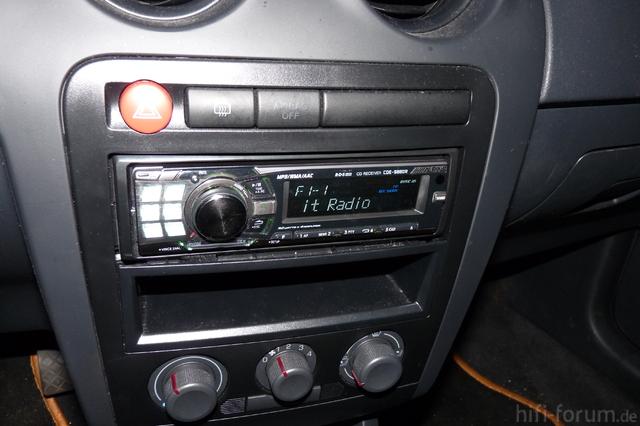 Alpine 9880 Eingebaut