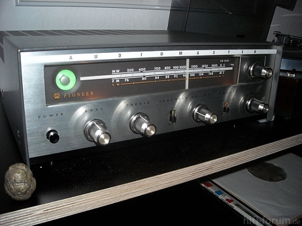 FM B 101