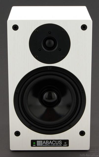 A Box 10 White 01