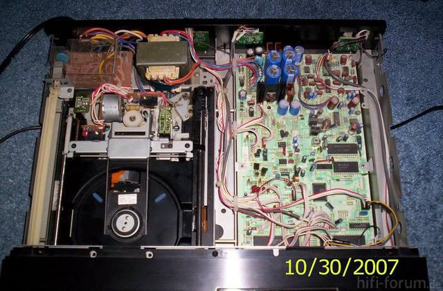 Sony CDP-302ES Innenansicht