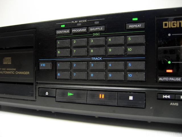 Sony CDP-C10_2