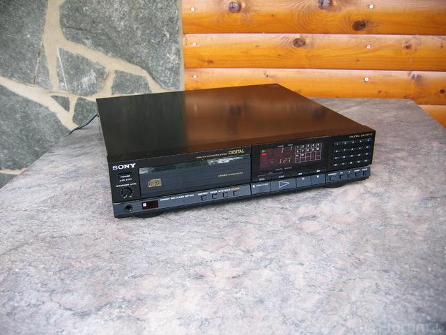 Sony CDP-M70_2