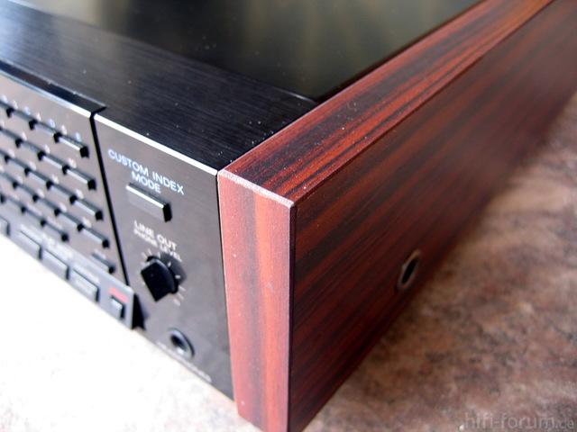Sony Nachbau Holzseiten 2