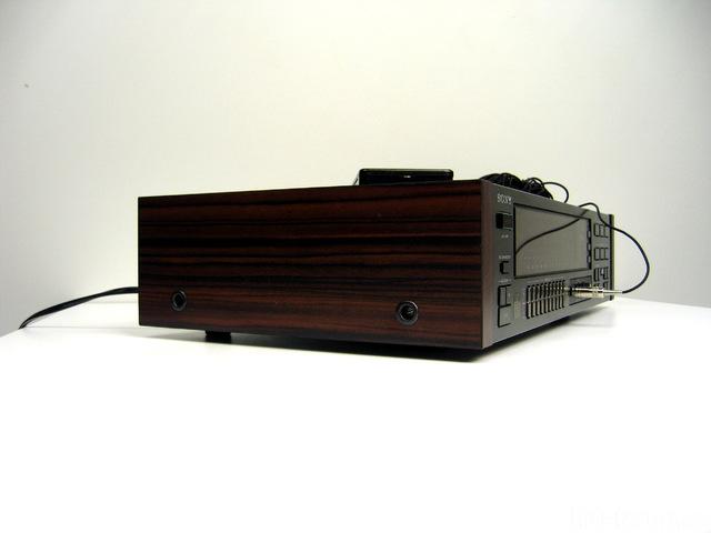 Sony SEQ-333ES Holzseitennachbau_2