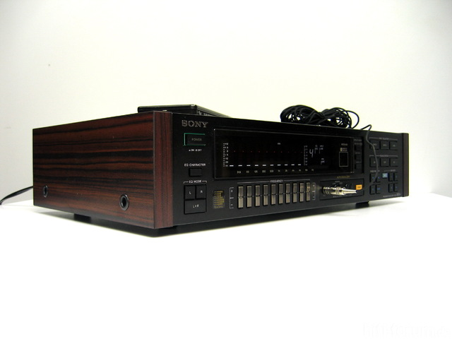 Sony SEQ-333ES Holzseitennachbau_3