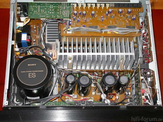 Sony TA-AV670 Innenansicht