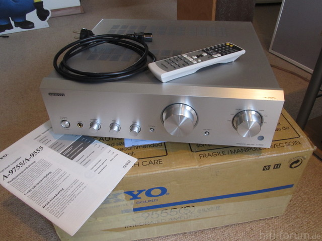 Onkyo A-9555 Front