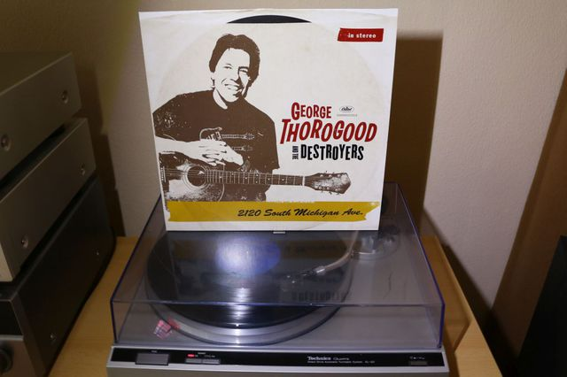 George Thorogood & The Destroyers - 2120 Sout Michigan Avenue 1