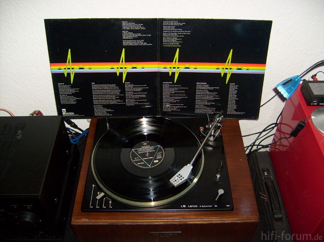 Pink Floyd - The Dark Side Of The Moon 2
