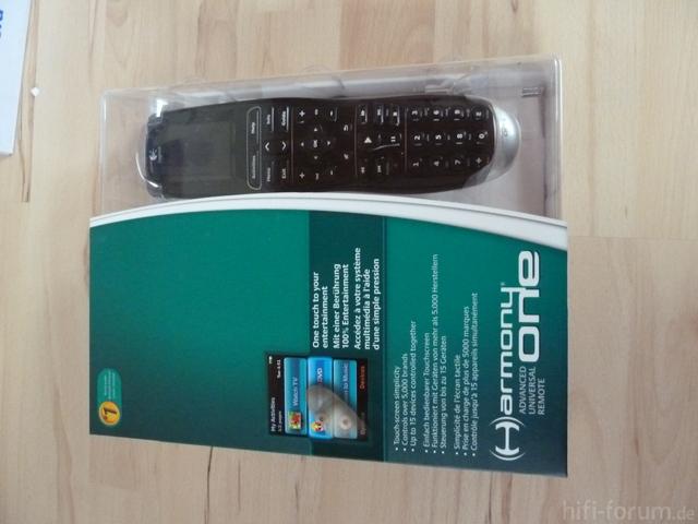 Verpackt Logitech One