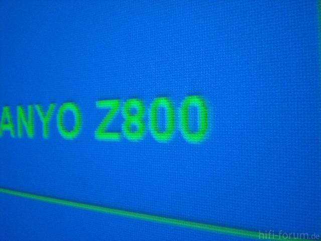 PLV-Z800 Testbild