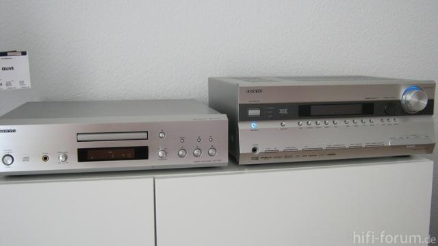 Onkyo DX-7555 Und Onkyo TX-SR 705 In Silber