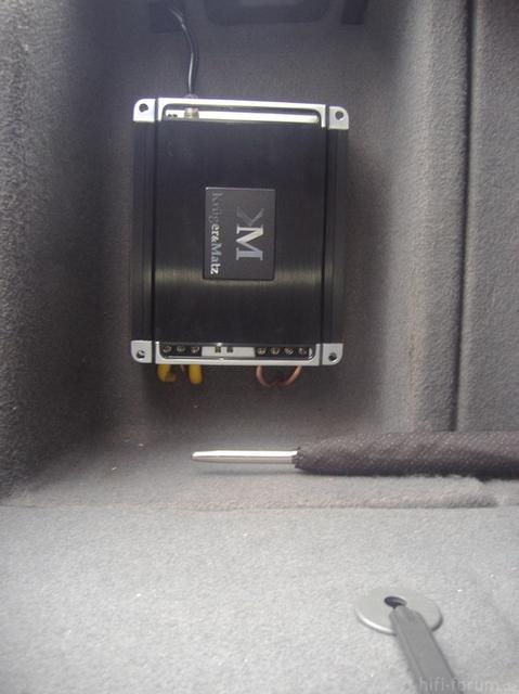 K&M - Befestigung Im Kofferraum