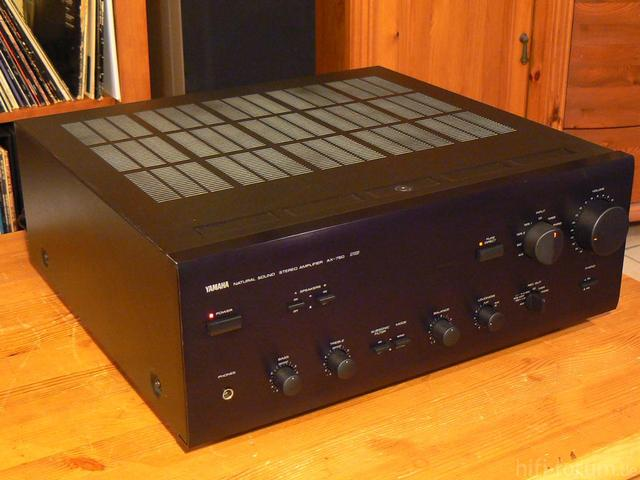 yamaha ax 750 rs in schwarz verst rker receiver hifi. Black Bedroom Furniture Sets. Home Design Ideas