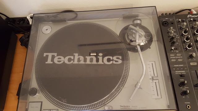 Technics_10