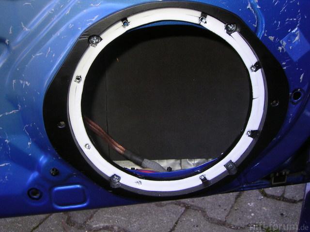 Schallabsorber hinterm TMT und Probesitzen LS-Adapter